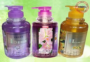 Sữa tắm cao cấp GEO HUANG LILY 800ml chính hãng Hàn Quốc cung cấp đầy đủ các dưỡng chất thiết yếu cho da. Sản phẩm trị giá 170.000đ nay giảm còn 87.000đ. Chỉ có tại dealhotvn.com!