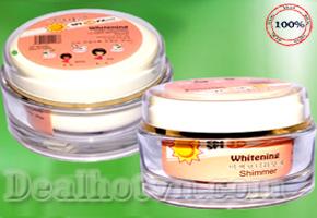 Làn da toàn thân trắng dần lên từng ngày, không sợ bắt nắng nhớ SPF 50 PA+++ có trong kem trắng da toàn thân Whitening Pore Tightening UV A/B/C Protection Shimmer Cathy đến từ Hàn Quốc với giá hấp dẫn chỉ 142.000đ.