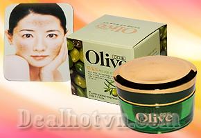 Loại bỏ nám, tạo đàn hồi cho da đem đến làn da trắng mịn màng không tì vết với kem trị nám Olive - Hàn Quốc. Giá chỉ 69.000đ chỉ có tại Dealhotvn.com!