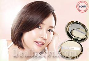 Phấn phủ Sempre Happy& Please Pact chính hãng Hàn Quốc giúp làn da của bạn khô thoáng và căng mịn suốt ngày dài năng động giảm giá chỉ còn 250.000đ.