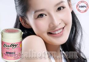 Làn da toàn thân trắng dần lên từng ngày, không sợ bắt có trong Kem dưỡng trắng da toàn thân Cathy Doll L-Glutathione Magic Cream 250g đến từ Thái Lan trị giá 160.000đ nay giảm chỉ còn 89.000đ. Chỉ có tại Dealhotvn.com!