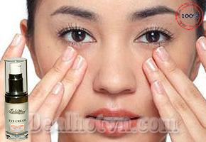 Kem trị thâm vùng mắt và bọng mắt Beaumore đặc trị quầng thâm và bọng mắt, hỗ trợ chống nhăn và giúp trẻ hoá vùng da nhạy cảm quanh mắt.Tác động sâu vào từng tế bào bên trong giúp trẻ hóa làn da vùng mắt, tăng độ đàn hồi, chống nhăn. Giảm giá  chỉ còn 155.000đ.