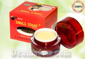 Kem chống lão hóa Snail Today – Nhật Bản, 9 tác dụng từ dịch ốc Sên, giúp chống lại sự lão hóa của làn da và tái tạo các chức năng của da rất hiệu quả, ngăn ngừa mụn , nám… Giá 135.000đ.