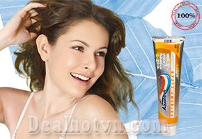 Kem đánh răng Aquafresh Extreme Clean Whitening Action - Mint Blast 198,45g được nhập khẩu từ Mỹ. Diệt khuẩn, loại bỏ các mảng bám trên răng.Với hương thơm lưu lại lâu giúp cho bạn giữ được cảm giác sạch sẽ và tươi mát chỉ với 95.000đ.
