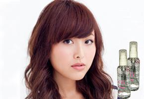 Mái tóc óng ả, suôn mềm đầy quyến rũ với tinh dầu dưỡng tóc dầu Diễm Trang 120ml, với Vitamin B5 phục hồi mái tóc khỏe đẹp. Combo 2 chai giá 85.000đ.