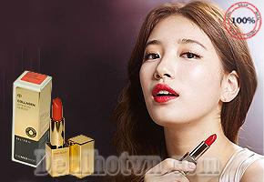 Son môi Collagen Ampoule Lipstick TheFaceShop -Tạm biệt đôi môi khô nứt, bạn sẽ trở nên quyến rũ hơn với làn môi gợi cảm, mượt mà hơn bao giờ hết. Chỉ 270.000đ cho trị giá 450.000đ.