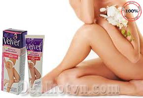 Kem tẩy lông Velvet_nhập khẩu Nga - giúp tẩy lông ở vùng da nhạy cảm đồng thời giúp dưỡng ẩm, mềm và mịn da với các thành phần chiết xuất tự nhiên: hoa cúc, dầu ô liu, vitamin E... Chỉ 74.000đ cho trị giá thực 140.000đ.
