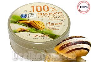 Gel dưỡng da ốc sên 3W Clinic Snail Mucus Soothing Gel 300g - Chiết xuất 100% từ ốc sên hoàn toàn nguyên chất tự nhiên, rất tốt cho da, cung cấp các vitamin và xóa mờ các vết thâm rất hiệu quả. Chỉ 105.000đ cho trị giá 190.000đ.
