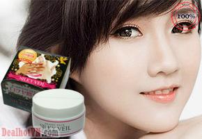 Kem trắng da mặt & toàn thân Silky Veil 100g hàng chính hãng Nhật Bản giúp điều chỉnh độ sáng của làn da, có thể dùng tẩy trắng, dưỡng da hoặc dùng trang điểm.... Giá sốc 260.000đ.