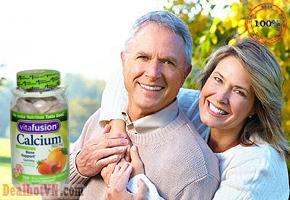 Kẹo dẻo vitamin dành cho người lớn Calcium 500mg Gummy 100 viên của Mỹ. Giúp hỗ trợ răng, xương và sức khỏe miễn dịch, cung cấp năng lượng, hỗ trợ quá trình trao đổi chất, tăng cường thể chất, bảo vệ sức khoẻ tim mạch, tăng cường khả năng miễn dịch, cho đôi mắt khoẻ mạnh. Giá 360.000đ