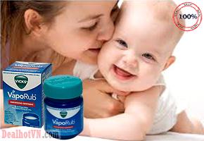 Dầu bôi ấm ngực giảm ho - Vicks Vaporub 50gr dùng bôi cho bé chống cảm lạnh, nghẹt mũi. Sản Phẩm xách tay từ Úc. Giá 165.000đ