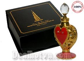 Chỉ với vài giọt tinh dầu nước hoa Dubai, bạn đã có thể thơm ngát cả ngày. Mùi nước hoa Dubai tạo nên cá tính, sự sang chảnh của bạn. Sản phẩm dành cho nam & nữ. Giá 320.000đ.