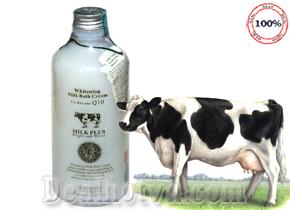Sữa Tắm Beauty Buffet là dòng sản phẩm làm trắng và trẻ hóa làn da chiết xuất từ Protein sữa và Co-enzym Q10 tác dụng cao trong việc thúc đẩy sản sinh Collagen, tái tạo tế bào giúp da trắng hồng, mịn màng. Giá 95.000đ