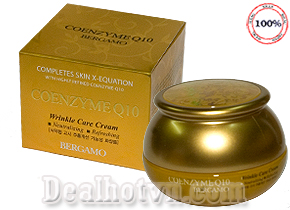 Kem Nâng Cơ Chống Lão Hóa Bergamo Coenzyme Q10 Wrinkle Care Cream 50g là một sản phẩm cao cấp của thương hiệu nổi tiếng Bergamo. Kem có tác dụng dưỡng trắng da, chống nhăn, giảm thâm, tàn nhang. Cho làn da tươi trẻ, sáng mịn rạng rỡ. Giá 195.000đ