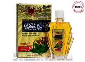 Dầu gió vàng hiệu con Ó của Eagle hương bạc Hà pha đinh hương 24ml hàng chính hãng Mỹ. Giá 120.000đ/chai.