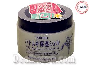 Kem dưỡng Naturie Skin Conditioning Gel – Nhật Bản với chiết xuất từ hạt ý dĩ được đặc chế dạng gel lỏng và nhẹ, dễ dàng thẩm thấu vào da, dưỡng da tuyệt vời như dưỡng ẩm, dưỡng trắng, làm mịn da và cải thiện các dấu hiệu lão hóa da hiệu quả. Giá 85.000đ.