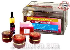 Set 5 món trị nám và sạm da Yanhee nhập khẩu từ Thái Lan với chiết xuất từ trái cherry đỏ. Giá 135.000đ, giao hàng tận nơi.