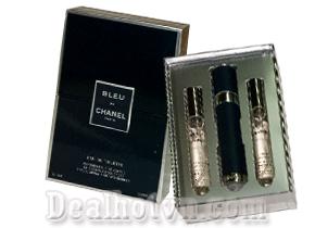 Bộ Nước Hoa 3 ống x 18ml hộp gỗ Bleu de Chanel với hương gỗ đặc trưng và kết hợp với hạt tiêu hồng, hương bưởi, gỗ đàn, nước hoa Bleu De Chanel là sản phẩm dành riêng cho phái mạnh với mùi hương mạnh mẽ, cá tính, đậm nam tính. Giá 140.000đ
