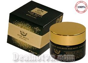Kem Dưỡng chống lão hóa, xóa nếp nhăn 3W Clinic Snail Mucus Wrinkle Cream 50ml - hàng chính hãng Hàn Quốc với chiết xuất tử chất nhầy Ốc sên hiệu quả nhanh sau 2 tuần sử dụng. Giá 175.000đ