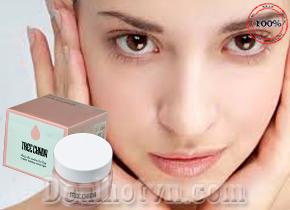 Kem Make Up Thần Thánh Tree Chada chính hãng Thái Lan Có thể thay thế BB cream, CC, phấn nền, kem nền, kem dưỡng,… Giúp lớp trang điểm mềm mượt, sáng hồng tự nhiên. Giá 220.000đ
