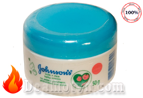 Combo 2 hộp Kem dưỡng ẩm Johnson's Baby Milk Cream 50g